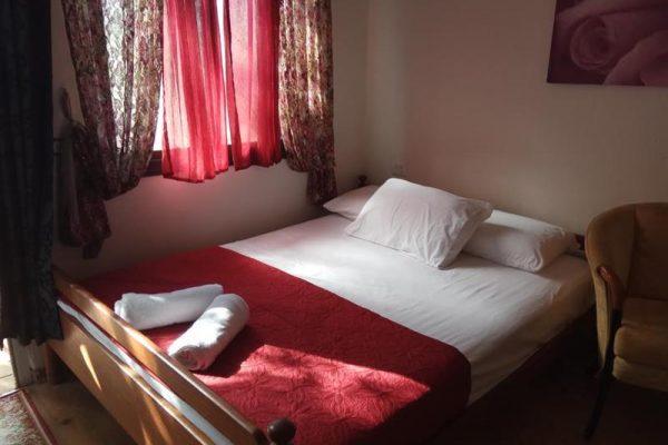 חדר הארחה לזוג בכפר רגבה